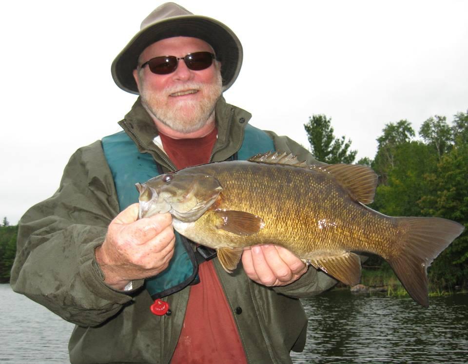 Camp narrows lodge ontario fishing smallmouth bass for Buy fishing license near me